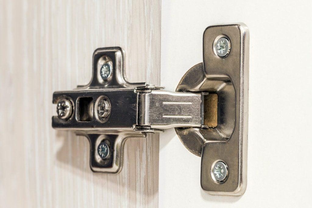 advantages-of-concealed-hinges