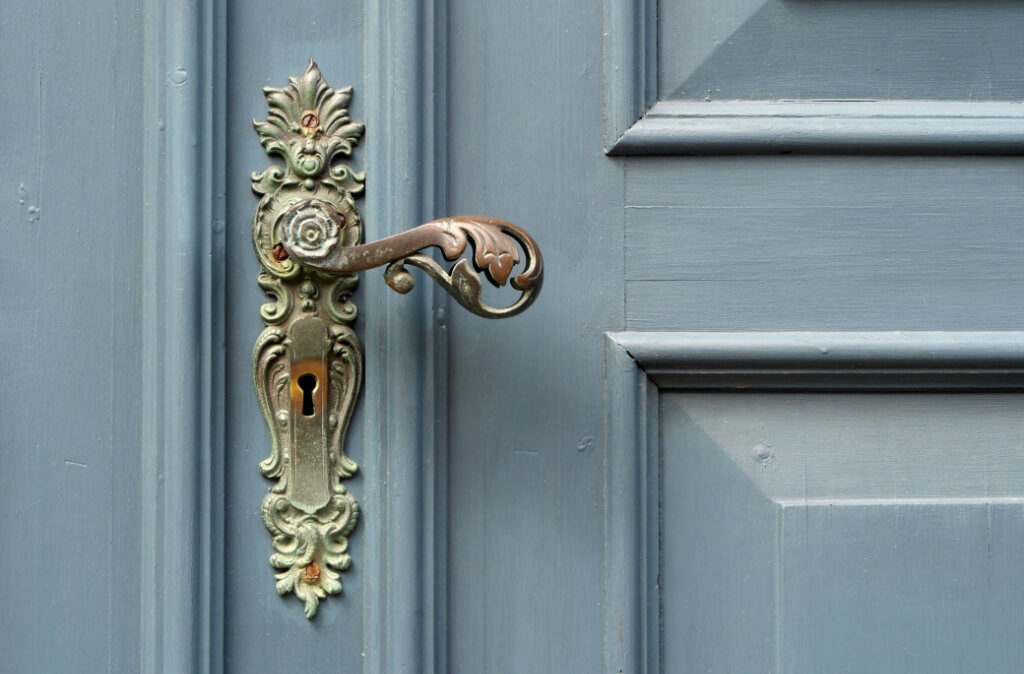 doorknobs-in-your-home