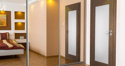 sliding-mirror-door